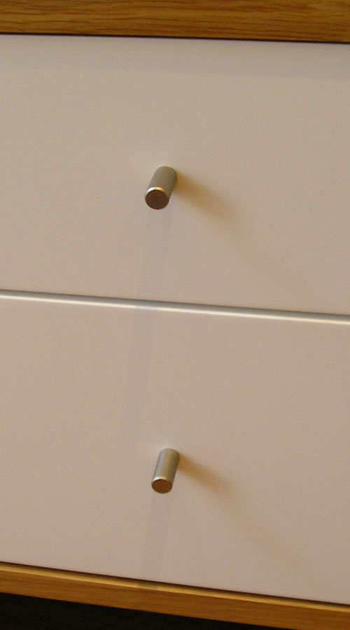 Cylindrical-pull-on-furniture-Cropped