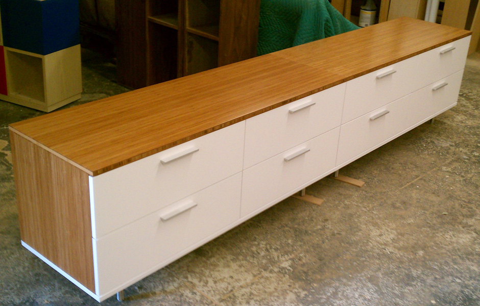 CUSTOM-CLERMONT-4-DRAWER-X-2-Amber-Boo-White-Drawers